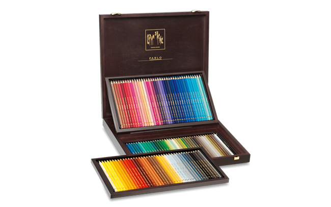 Wooden Box of 120 Colours PABLO®